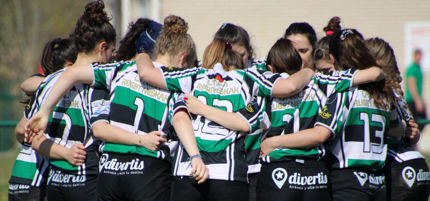 jugadoras de rugby reuindas